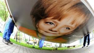 Bundestagswahl 2013 - Wahlplakate werden demontiert