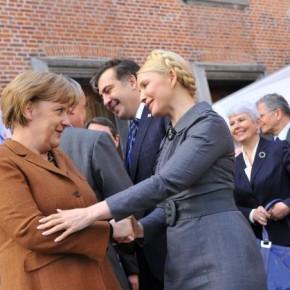 Timoshenko-i-Angela-Merkel-290x290